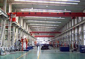 厂内电机数控设备车间